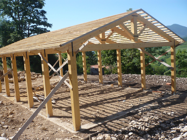 Casa di paglia stalla bioarchiettura sostenibile tempa del - Vorrei costruire una casa in legno ...